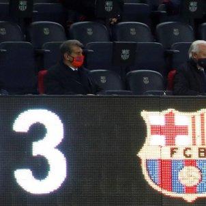 laporta barcelona huesca liga efe