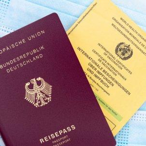 pasaporte vacuna alemania certificado unsplash