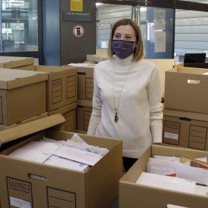 Forcadell entrega cartas a Arxiu Nacional / ACN