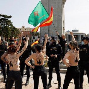 activistes Femen acte franquista Madrid EFE