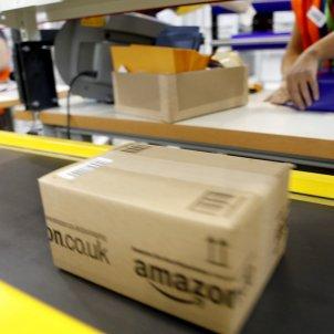 Amazon Centro logistico foto amazon