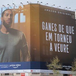 Pancarta Sergio Ramos Amazon Prime Video Barcelona Jan Callis