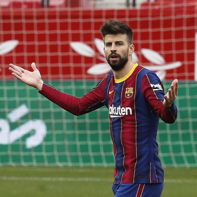 Gerard Pique Duda Confundido Barça Sevilla Efe