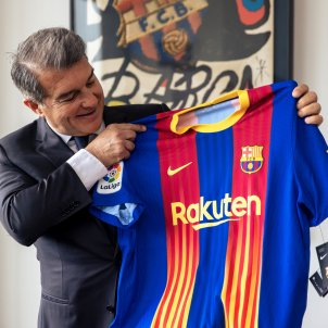 Joan Laporta senyera camiseta Barca Real Madrid @FCB