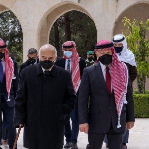 El rey Abdalá de Jordania y el príncipe Hamza  / EFE