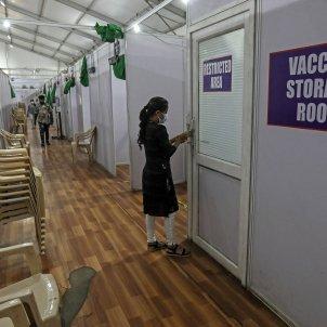 centro vacunacion india efe