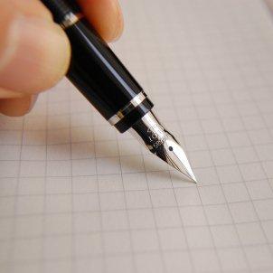 pluma escribir pixabay