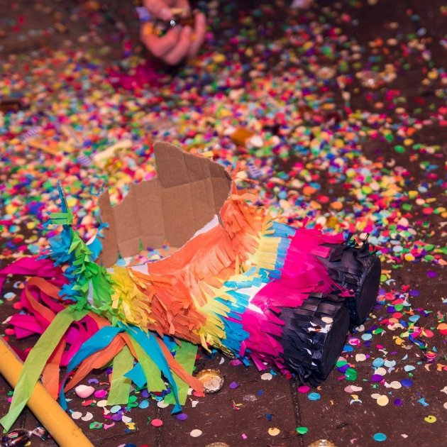 Piñata / Pixabay