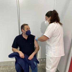 Ábalos rep la vacuna de la Covid-19 - Twitter José Luis Ábalos