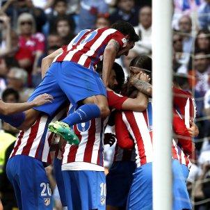 Celebració Atlètic de Madrid gol Reial Madrid Santiago Bernabeu EFE