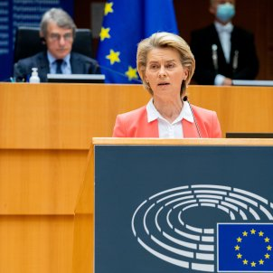 Ursula Von der Leyen presidenta comissión europea ACN