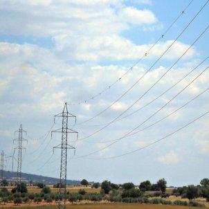 EuropaPress linea electrica alta tension luz electricidad cable