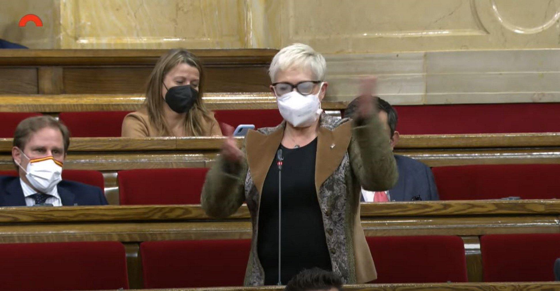 """Grau denigra TV3 al Parlament i Vilagrà la frena: """"Ja no se'ls creu ningú"""""""