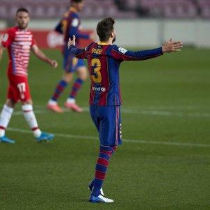 Barça Granada Piqué EFE