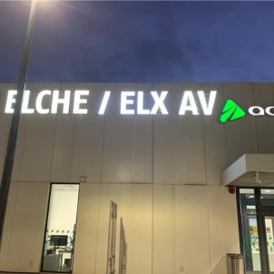 Retolación estacion elx_ Plataforma per la Llengua