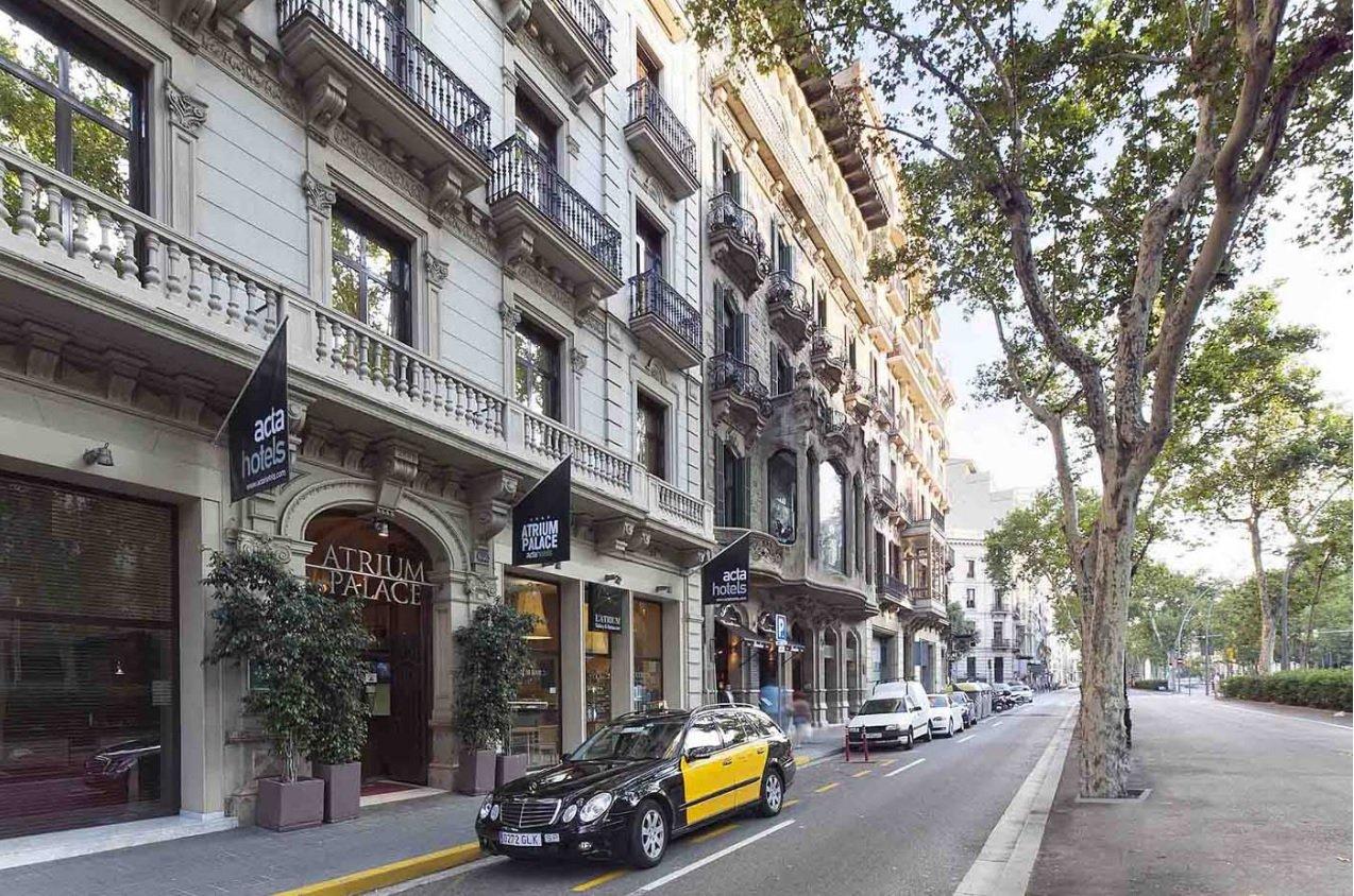 Desalojan un hotel en barcelona por un incendio originado - Saunas en barcelona ...