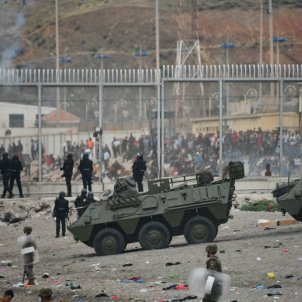 ceuta inmigrantes tanques ejercito EP