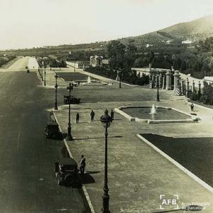 El palau dels Borbons a Barcelona passa a propietat municipal. Entrada al Palau de Pedralbes (1920). Font Arxiu Fotografic de Catalunya