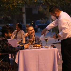 camarero restaurante barcelona ACN