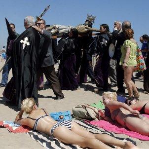 Setmana Santa Marina bikini platja processó - Efe