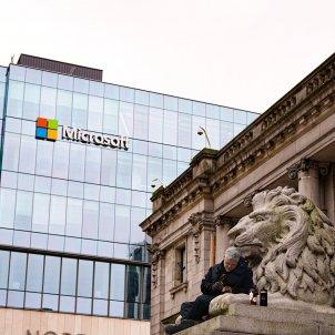 Microsoft vancoucer Unsplash Mohammad Rezaie