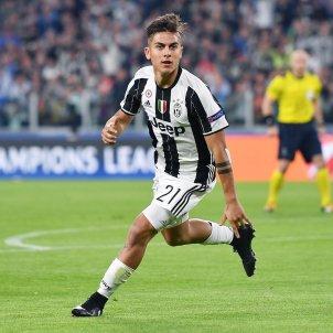 Dybala gol Juventus Barça Champions EFE