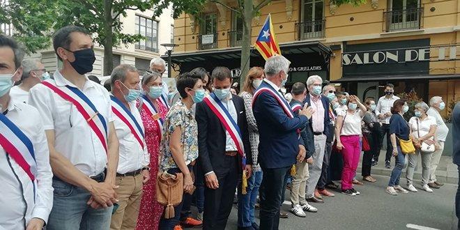 Alcaldes politicos catalunya nord manifestación perpinya catalanes - Ràdio Arrels