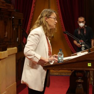 Ple Parlament 2/06 Meritxell Serret