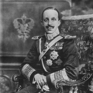 Alfons XIII retorna a Madrid després de patir un atemptat a París. Retrat d'Alfons XIII. Font MNAC