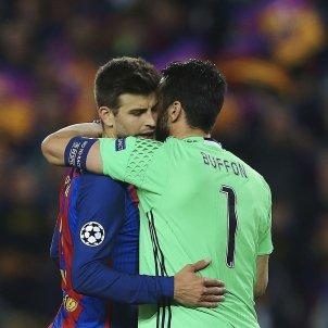 Piqué Buffon Champions EFE