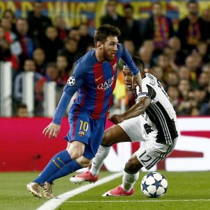 Leo Messi Camp Nou Barça Juventus Champions League Alex Sandro EFE