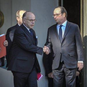 Bernard Cazeneuve françois Hollande - EFE