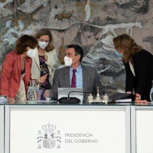 Pedro Sánchez Carmen Calvo Nadia Calviño Teresa Ribera consejo ministros indulto presos Efe