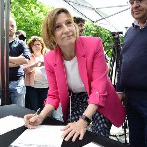 Carme Forcadell a la parada del Pacte pel Referèndum Sant Jordi 2017   Laura Gòmez