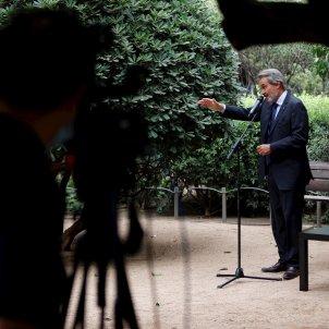 Artur Mas en la roda de premsa amb el camera a la ombra   EFE