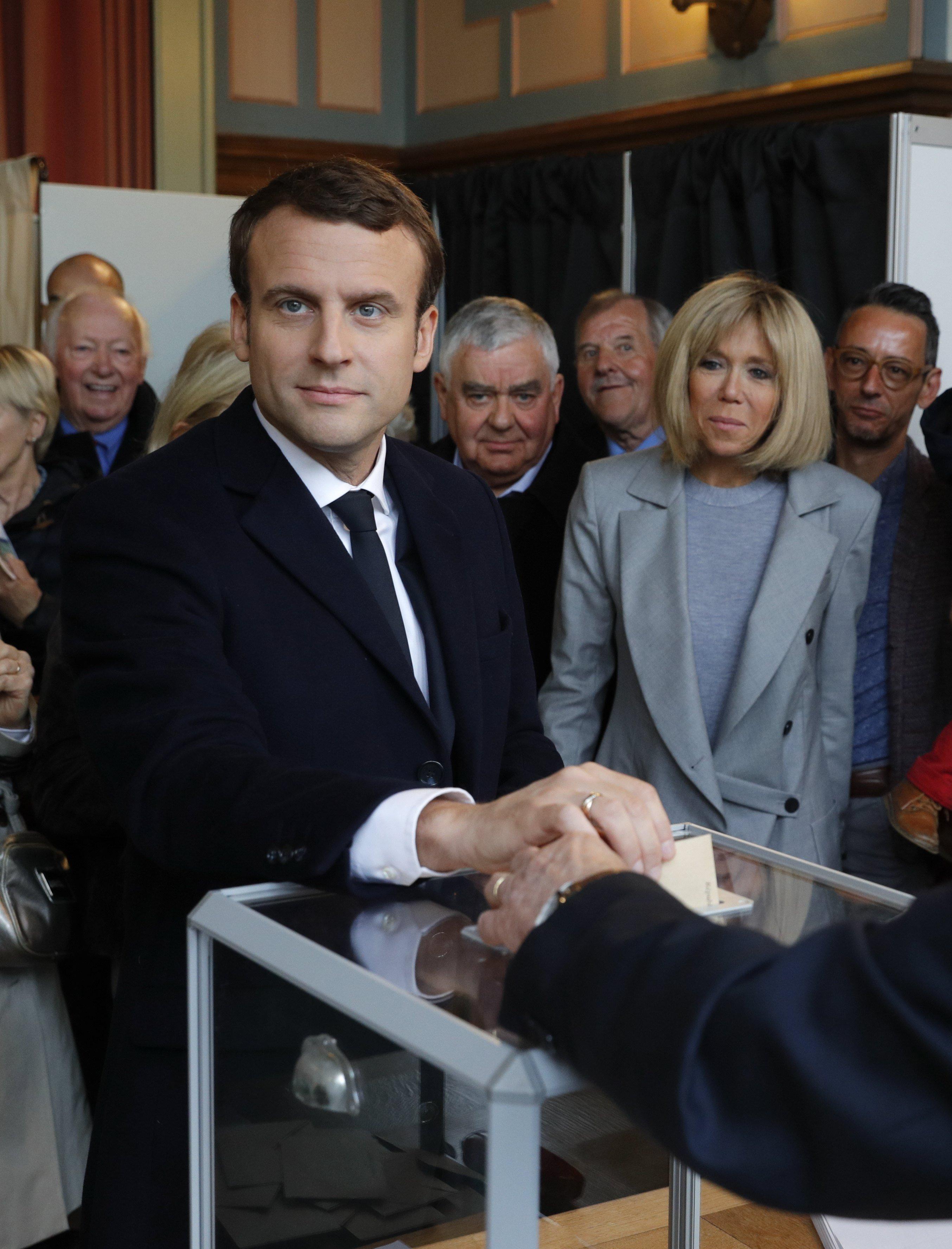 Emmanuel Macron votant EFE