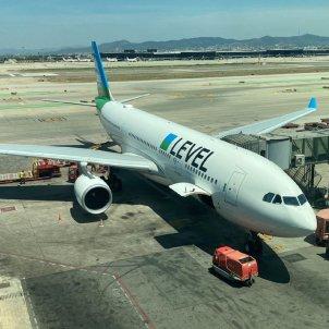 aeroport barcelona vol directe avio cancun level