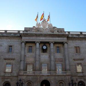 fachada exteriores ajuntament de barcelona acn