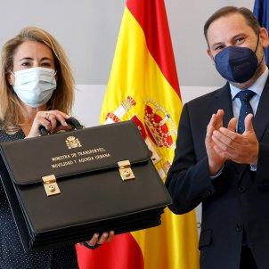 Nueva Ministra de Transporte, Movilidad y Agenda Urbana, Raquel Sánchez y su antecesor, José Luis Ábalos, cambio de cartera   EFE