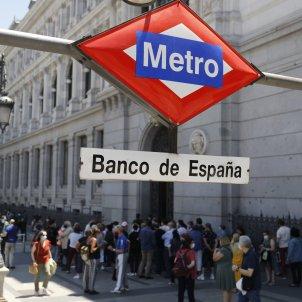 Cola cerca estacion metro banco espana entrar banco - Cézaro De Luca / Europa Press