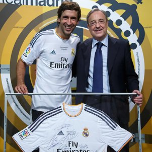 Florentino Perez Raul Madrid @RealMadrid