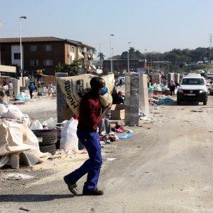 sudafrica dorban saqueos efe