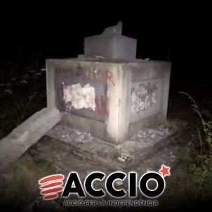 monumento falangista - Acció per la Independència