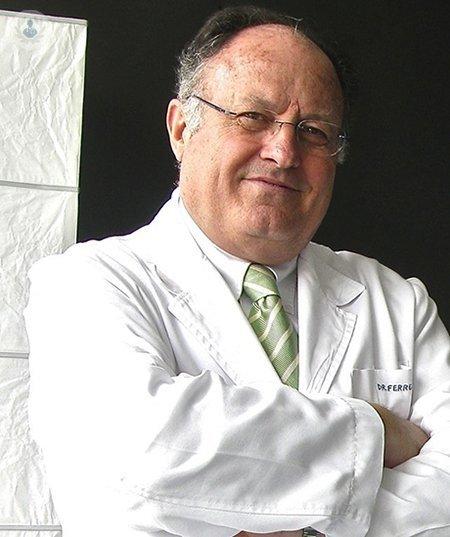 Dr. Enrique Ferrer - Neurocirugía