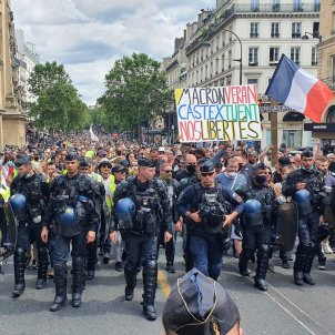 Manifestació França vacuna @lucas_rtfrance