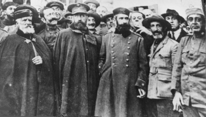 Oficials espanyols presos per la resistència, que van ser rescatats amb un pagament milionari a càrrec de l'estat. Font Wikimedia Commons