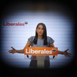 La presidenta de Ciudadanos, Inés Arrimadas, en rueda de prensa tras la reunión del Comité Ejecutivo de Ciudadanos - Efe