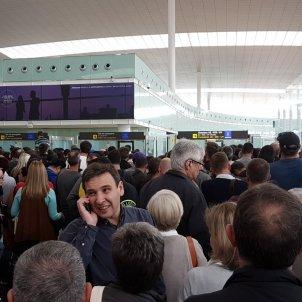 controls aeroport prat caos twitter oncohelpcom