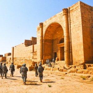 Hatra iraq wikimedia