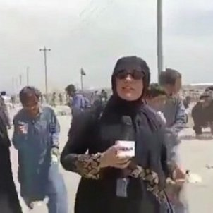 reportera pakistani kabul tiroteo talibanes